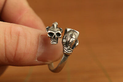 Chinese Old fine 925 siver Handmade Carved skull Statue ring