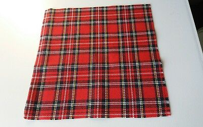 "Dolls House Miniatures 1/12 Tartan Picnic Rug - Approximately 7"" Square"