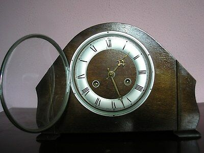 Antique Perivale 8 Day Striking Mantle Clock