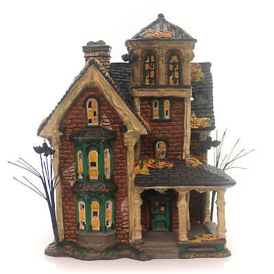 Department 56 House GHASTLY'S HAUNTED VILLA Ceramic Halloween 4051007