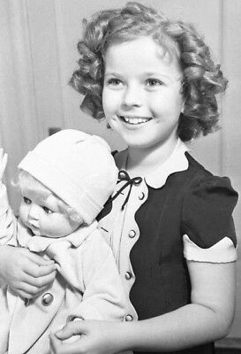 Shirley Temple with dolls & more rare lot of 4 child movie star 5x7 photos