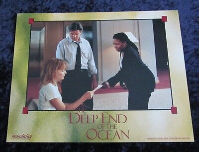 The Deep End Of The Ocean lobby card # 5 Michelle Pfeiffer, Treat Williams