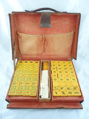 Vintage Mahjong Set with Bakelite Tiles in Leather Case