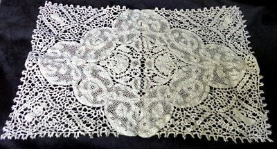 EXQUISITE Antique 24 Piece Figural Placemats Runner Napkins Hand Made Lace