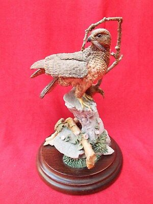 COUNTRY ARTISTS BUZZARD CA680 Bird Figurine Hand Painted Signed Ivey