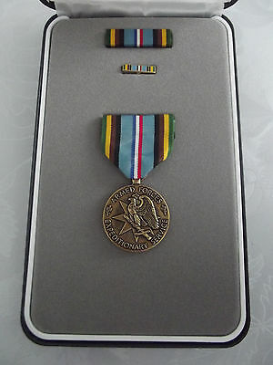 ^(A20-079) US Orden Armed Forces Expeditionary Medal im Set