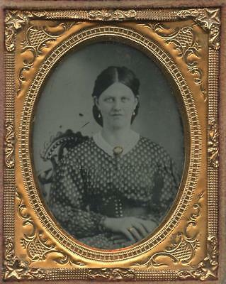 1850 9th PLATE CASED AMBROTYPE IMAGE OF YOUNG LADY - TINTED JEWELRY