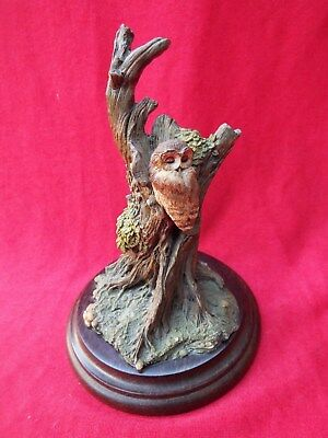 COUNTRY ARTISTS Forest Glade - A Moments Rest CA 294 Owl Figurine Hand Painted