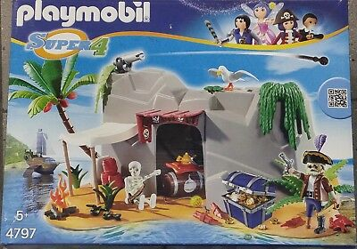 Playmobil Super4 4797 Pirateninsel mit Pirat, Schatz, Skelett NEU & OVP