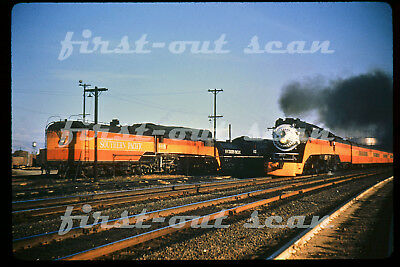 DUPLICATE SLIDE - Southern Pacific SP 4448 Daylight STEAM Meeting 4487 Pass Trn