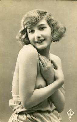 BEAUTIFUL SHY NUDE C. 1910-1920s OLD ORIGINAL postcard