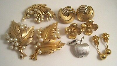 LOT Vintage CROWN TRIFARI JEWELRY FAUX PEARL PINS APPLE PIN EARRINGS DOGWOOD