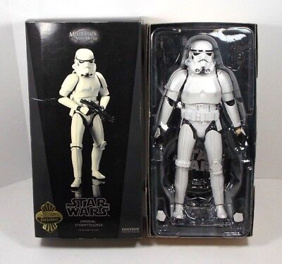 Star Wars Sideshow Exclusive Stormtrooper Figure W/blaster Pistol Hot Toys