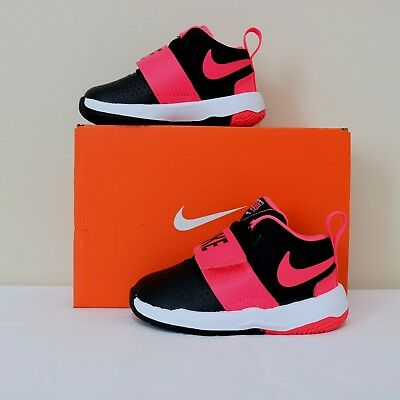Nike Baby Girls Team Hustle D 8 (TD) running shoes Size 5, 8, 9, new with box