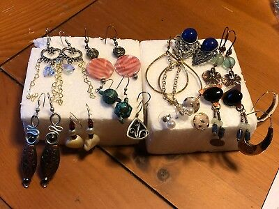 *lot Of 13 Beautiful Vintage  Earrings With Dangle, Studd, Hoop, And Stone!