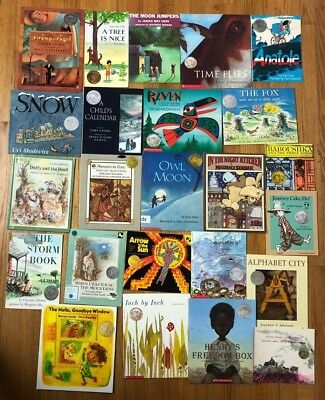 Lot 71 ALL CALDECOTT Picture Books PB Where Wild Things Are Click Clack Moo