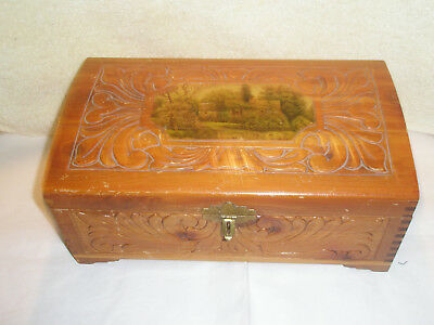 Vintage Wooden Jewelry/Trinket Box Mirror Carved