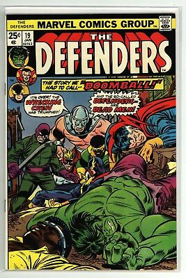 Marvel's The Defenders #19 Early Wrecking Crew appearance! NM- Sharp!