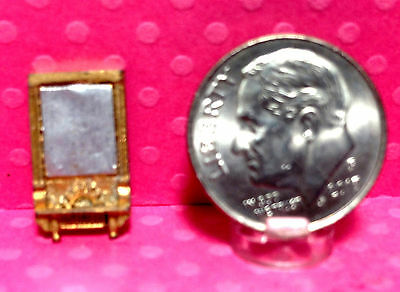 "Dollhouse Miniature ""Mirror"" - 1.144 Scale - Metal - Painted"