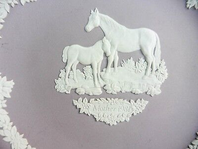 """Lilac mauve Jasper ware by Wedgwood 6.5 ins plate. Horse & Foal. """"1981 MOTHER"""""""