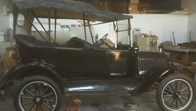 1916 Ford Model T  Model T Ford Touring Car