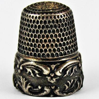 Antique Simons Brothers Acanthus Scroll Size 8 Sterling Silver Sewing Thimble