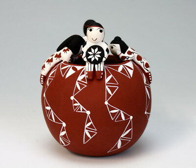 Cochiti Pueblo Native American Indian Pottery Friendship Pot #1 - Vangie Suina