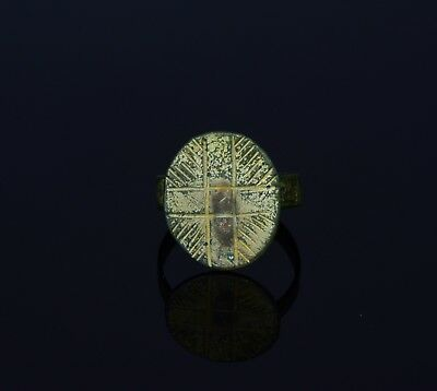 Ancient Roman Gold-Gilded Bronze Ring With Shield Shaped Bezel  - T7