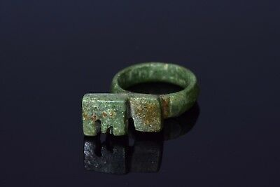 Ancient Roman Bronze Key Ring   - T25