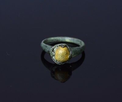 Medieval Saxon Era Bronze Ring With Stone Inset In The Bezel  - T32
