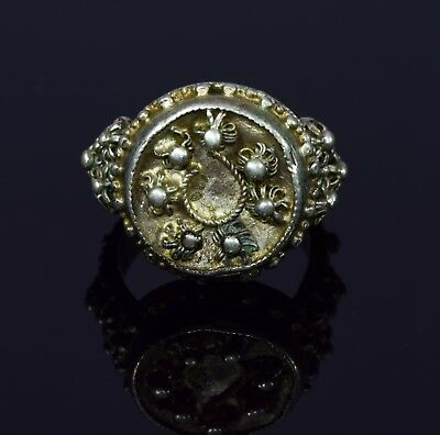 Byzantine Ring With Intricate Crown Bezel - T58