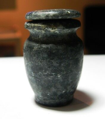 Zurqieh - As8626- Ancient Egypt. New Kingdom, Stone Vessel With Lid. 1300 B.c