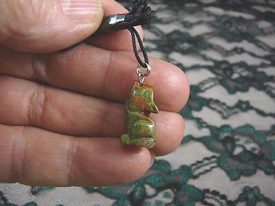 (an-coy-8) Coyote wolf GREEN Unakite wolf dog carving Pendant NECKLACE FIGURINE