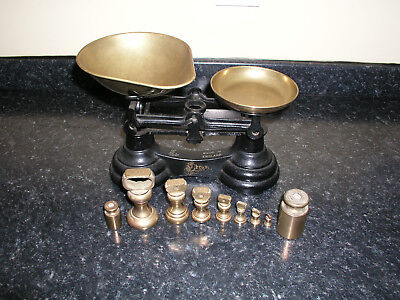 Vintage Librasco Kitchen Weighing Scales With 9 Brass Weights