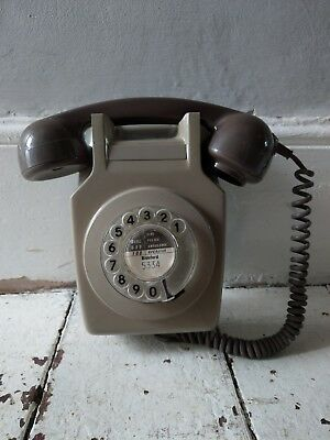 True Vintage Retro Stunning Hall Upright Phone Telephone Rotary Dial Prop