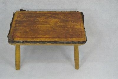stool cricket Windsor  early primitive paint decorated antique original 19th c