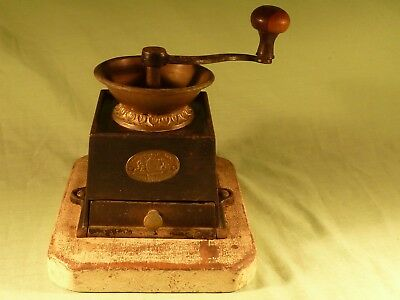 Antique Kenrick & Sons Cast Iron Coffee Bean Grinder Mill in Working Order