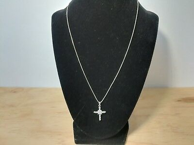 Vintage Sterling Silver Cross Pendant With 18in Necklace RA115