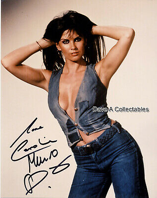 CAROLINE MUNRO signed photo IN PERSON - JAMES BOND -THE SPY WHO LOVED ME - D4288