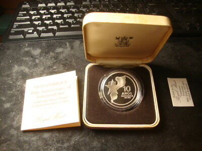 1985 MOZAMBIQUE Silver PROOF 250 METICAIS KM#107 10th Year Boxes Coa's