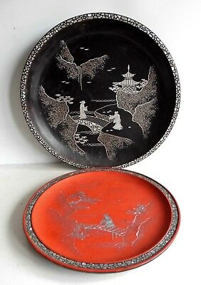 Superb Set Of 2 Antique Japanese Lacquered Plates - Inlaid With Mother Of Pearl