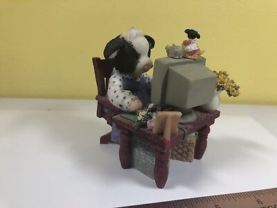 MARYS MERRY MOO MOOS DOLL MOO GOT MAIL - ENESCO 2000 - Box not included