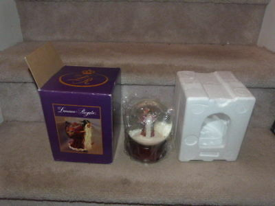 "Duncan Royale Santa Claus St. Nick Musical Snow Globe Christmas ""silent Night"""