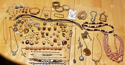 ESTATE JEWELRY LOT costume modern vintage brooches rings rhinestones necklaces