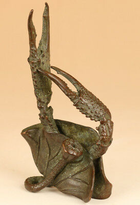 collectable rare antique  big Bronze Hand solid carved lotus crab statue deco