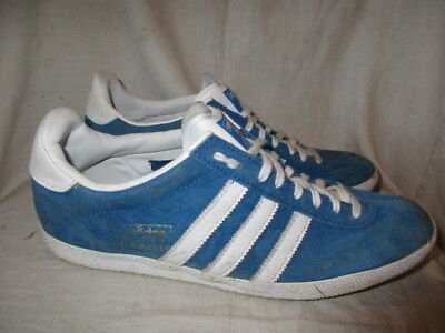 Adidas gazelle blue suede Trainers size 8