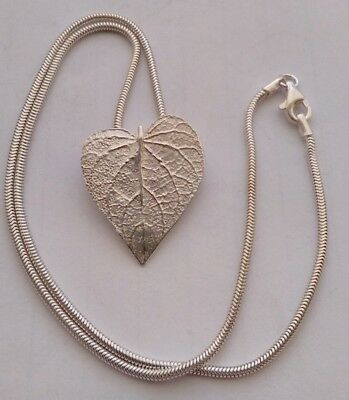 925 Sterling Silver Leaf Pendant Necklace  & Silver Chain