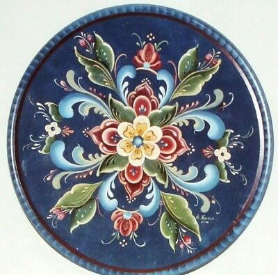 "Arlene Newman tole painting pattern ""Rogaland Leaves & Berries Plate"""