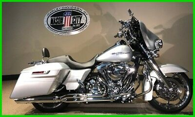 2015 Harley-Davidson Touring Street Glide® Special 2015 Harley-Davidson FLHXS Street Glide Special Brilliant Silver