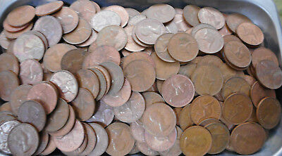 #3. About 4.5  Kilograms  Australian Kangaroo Design Penny Coins, About 470